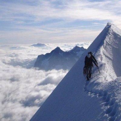 K2-steep-ascent