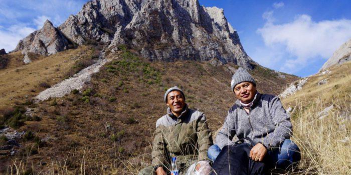 Tibetan guides